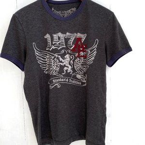 American Eagle graphic T-shirt Size Small